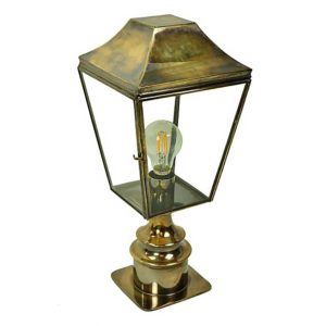 Knightsbridge Pillar Lantern Short by the limehouse lamp company